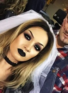 Halloween Makeup : Chucky & his bride. Bride Of Chucky Makeup, Bride Of Chucky Halloween, Chucky And His Bride, Bride Of Chucky Costume, Scary Couples Halloween Costumes, Halloween Looks, Halloween Outfits, Halloween Makeup, Chucky And Tiffany Costume