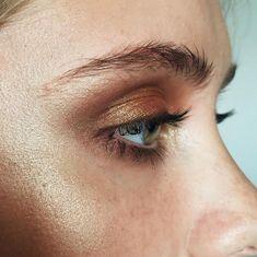 Make Up by Ania Milczarczyk | @Levshaa / beauty / bronze eyeshadow