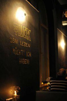 München: Attentat Griechischer Salat - amazed