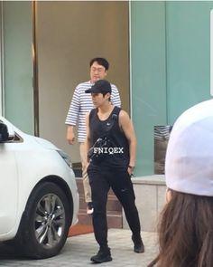 Exo Xiumin, Riding Helmets, Baseball Hats, Kpop, Boyfriends, Cute, Fashion, Moda, Baseball Caps