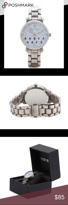 STEVE MADDEN Patterned Dial Bracelet Watch STEVE MADDEN Women's Patterned Dial Bracelet Watch    product description gift box included, patterned dial, water resistant to 10 meters (33 feet) 36mm silver tone stainless steel case and bracelet deployment clasp imported Steve Madden Accessories Watches