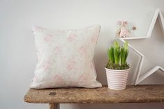Millie Powder Pinks Cushion www.clarabelleinteriors.co.uk in Peony and Sage Fabrics www.peonyandsage.com Images are the property of Clarabelle Interiors