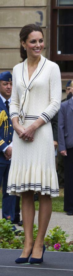 Kate Middleton: Best-Dressed Pregnant Lady, Vanity Fair Says