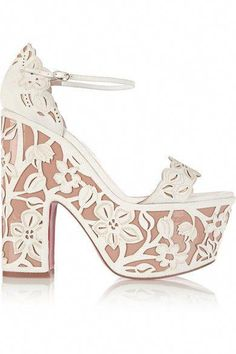 0b1cba12d98e84 Heel measures approximately 160mm/ 6.5 inches with a 70mm/ 3 inches  platform Beige patent