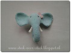 Onlangs zag ik weer een leuke   rammelaar voorbijkomen op het www.   Hij had de gedaante van een olifantenkop   waarvan de slurf te...