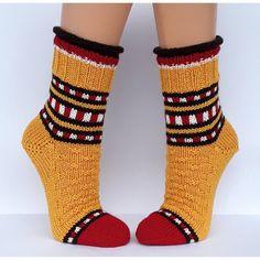 Knitting Socks, Slippers, Adidas, Patterns, Diy, Fashion, Tejidos, Socks, Wrist Warmers