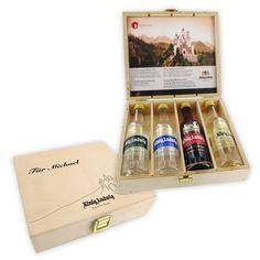 Geschenk-Set König Ludwig mit4 Flaschen König Ludwig Brände in hochwertiger Geschenkbox. Die Holzschachtel kann mit einer persönlichen Gravur versehen werden.
