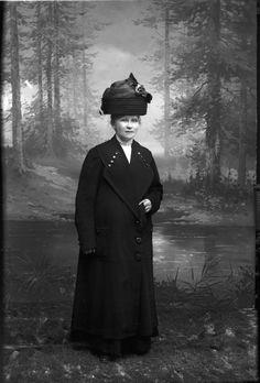 Digitalt Museum - Helga Fagerström, Fru Vänersborg 1912