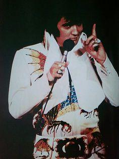 Elvis In Concert......💕