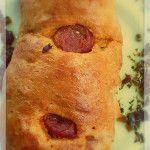 Feliz inicio de semana, pan relleno de chorizo español