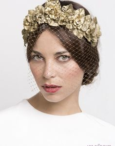 tocado-novia-tiara-flores