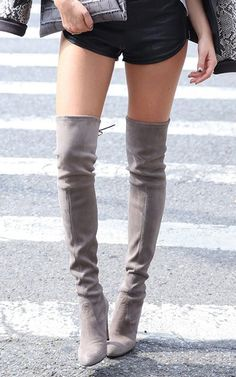 NEW Stuart Weitzman Highland Suede over-the-knee boots. These Stuart Weitzman over-the-knee boots are all legs, the perfect pair with leggings or a micro-mini in sophisticated, elegant suede. High Heels Boots, Knee High Heels, Sexy Boots, Thigh High Boots, Tall Boots, Over The Knee Boots, Heeled Boots, Bootie Boots, Grey Knee High Boots