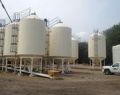 Smooth Wall Hopper Grain Bins for Seed Facility