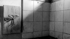 Razionalità e capriccio Atelier Valentine ha ritrovato nei #Mobili Bianchi il fascino degli #arredi e delle atmosfere dei vecchi cascinali, il senso delle origini e l'amore per la #campagna, dove spontaneità e freschezza s'intrecciano a uno stile #country reinventato. Nella loro semplicità i Mobili Bianchi sono soluzioni adatte a tutti i tipi di ambienti perché presentano una linea pulita e minimalista, in contrasto con il calore conferito dal legno di conifera.
