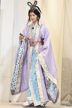 Traditional Outfits, Sari, Colours, Actors, Japan, Fashion, Women's Feminine Clothes, Girly, Dress