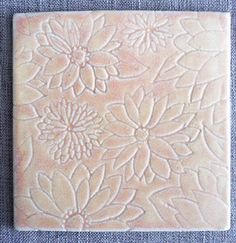 Pink Flowers Tile – Etched