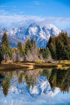 Mount Moran reflected in the Snake River. Grand Teton National Park, Wyoming by Jerry Mercier Landscape Photos, Landscape Photography, Nature Photography, Irish Landscape, Photography Tips, Beautiful World, Beautiful Places, Beautiful Pictures, Amazing Places