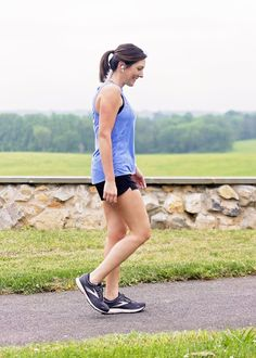 Get details on my favorite summer running outfit and a full review on the Brooks Ghost 13 running shoes.