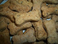 The Big Dog (Small) - 30 Dog Cookies - Whole Wheat Flour, Bread Machine Yeast, Milk, Ground Buffalo - http://www.doggiecakes.com/servlet/the-28/dog-cookies%2C-dog-bakery%2C/Detail