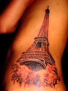 AMAZING design!!! SO getting an eiffel tower tattoo. not that big and not on my side tho