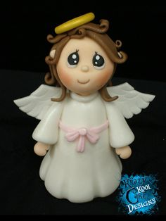 Angel Cake Topper in fondant, can also be made on poly clay Polymer Clay Figures, Fondant Figures, Polymer Clay Projects, Torta Angel, Angel Cake, Crea Fimo, Angel Theme, Cupcakes Decorados, Polymer Clay Christmas