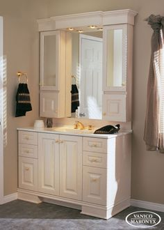 Classique - Collection Sélection. Home Repair, Home Look, Decoration, Double Vanity, Tall Cabinet Storage, Entryway, New Homes, Bathroom, Interior