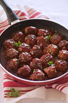 TURKEY MEATBALLS WITH CRANBERRY SAUCE using @oceansprayinc | URBAN BAKES #tbthanksgiving #ad As a Thanksgiving extra or for any time of the year, Turkey Meatballs with Cranberry Sauce is a savory dish with a light tang of cranberry sweetness. As of earlier this month, I have a new found love and appreciation of cranberries!
