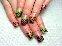 Google Image Result for http://static.becomegorgeous.com/img/arts/2011/Mar/07/3988/zebra_nails.jpg