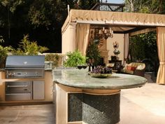 Inspirational outdoor kitchen ideas for small spaces, outdoor kitchen ideas images #outdoorkitchensetup