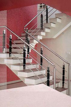 Steel Grill Design, Steel Railing Design, Staircase Railing Design, Staircase Handrail, Home Stairs Design, Balcony Railing Design, House Gate Design, Stainless Steel Stair Railing, Steel Stairs