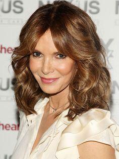 Medium Curly Hairstyles Ideas ~ http://heledis.com/fancy-medium-curly-hairstyles-ideas/