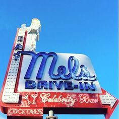 A Hollywood classic. Enjoy a bite at the famous Mels Drive-in down the street from our property! Photo by  yvonne_peiris