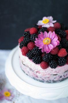 ice cream cake | midnight dessert.com