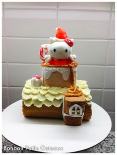Santa Kitty rolled cake Buttercream Cake, Rolls, Santa, Kitty, Cakes, Desserts, Food, Tailgate Desserts, Meal