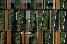 Amazing Green Urban Architecture-The Vertical Living Gallery in Bangkok by Sansiri and Shma