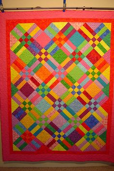 Patch and Rails' - Pieced by Terri Hulse. Quilted by Jessica's quilting studio Bright Quilts, Colorful Quilts, Quilting Projects, Quilting Designs, Quilting Ideas, Craft Projects, Sewing Projects, Craft Ideas, Scrappy Quilts