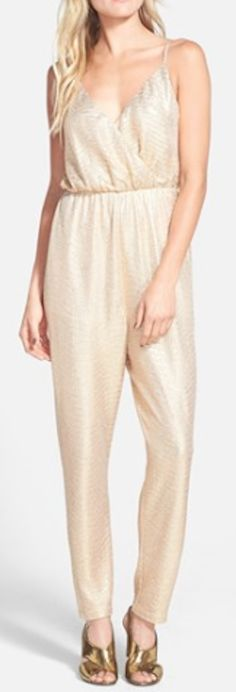 classy gold jumpsuit http://rstyle.me/n/nnar6pdpe