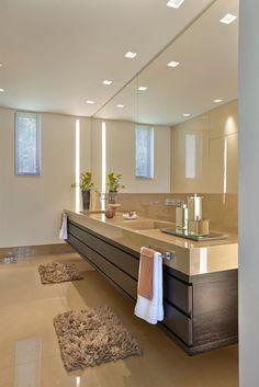 Lavabo, Casa Amendoeiras.: Banheiros modernos por Beth Marquez Interiores