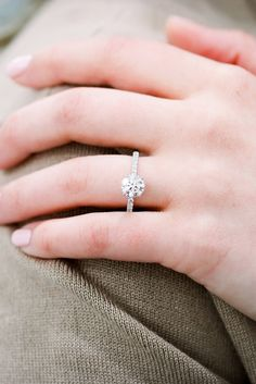 European And American Style Atmosphere Couple Diamond-Studded Woman Ring Jewelry