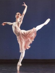 "Olesya Novikova (Mariinsky Ballet) in the ""Tchaikovsky Pas de Deux"""