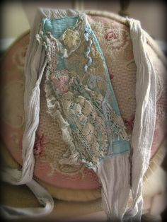 Image detail for -posted by paris rags romance at 7 21 am