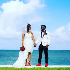 Happily ever after // #Repost @goldkaratz #munaluchi #munaluchibride #munaluchibridal @munaluchibride I'll never forget this day!