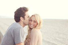 beach engagement pictures @Kari Jones Larson