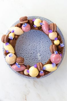 Tarte Inspiration e cioccolato - Inspiration tart with chocolate Milk Chocolate Ganache, Like Chocolate, Chocolate Pastry, Natural Red Food Coloring, Macaron Filling, Enjoy Your Meal, White Almonds, Almond Cream, Strawberry Puree