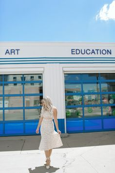 Marfa Contemporary Building - From Texas with Love by Sara Rash