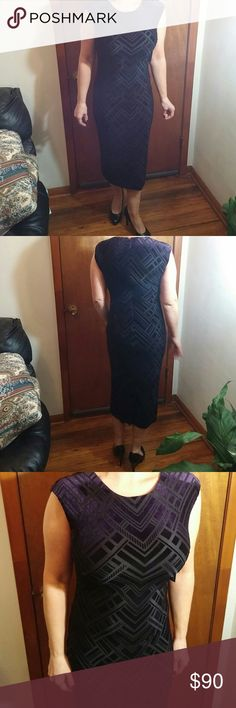 Vince Camuto NWT size 8 dress Beautiful dark purple velour burn out dress.  Curve hugging  with stretch.  Bought for an evening out but plans changed. Vince Camuto Dresses Midi