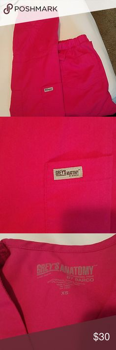 Hot pink Grey's anatomy scrubs set! In good condition. Great quality scrubs, you get your $$$ worth. Selling same color as what the model is wearing. Don't forget to bundle to get a great deal. Price is firm unless in a bundle. Grey's Anatomy Other