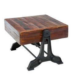 This heavy-duty Allegheny Reclaimed Wood Side Table is perfect as an end table or accent table. You'll love the added interest of its unique natural distressing and color variations.