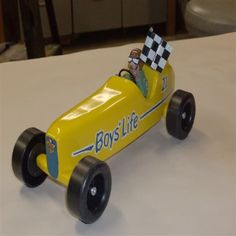 Pinewood Derby Car Boy's Life Mini Vintage Race Car