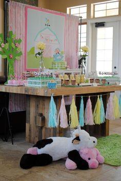 Anders Ruff Custom Designs, LLC: Princess Barnyard Party